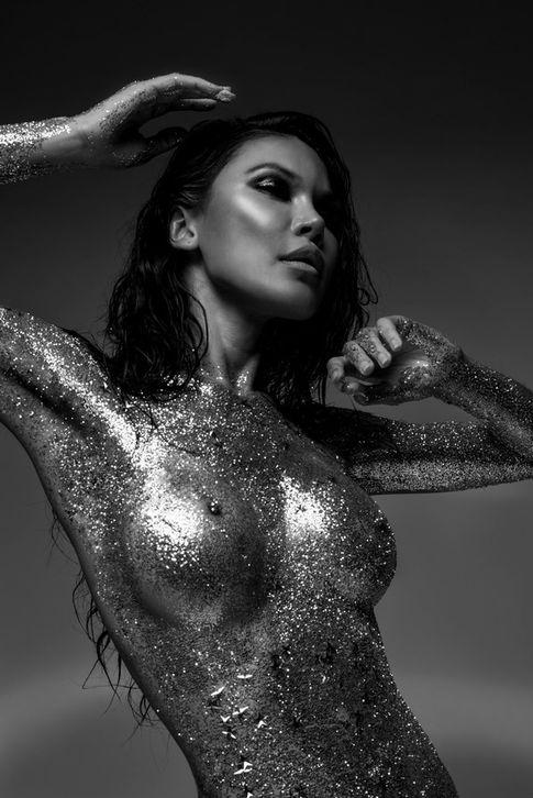 Sarina Thai (Allen Henson).