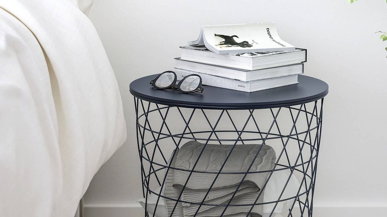 Esta mesa auxiliar de Ikea sirve para dormitorios o salones. (Cortesía)