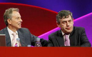 Un ovacionado Brown reclama su derecho a suceder a Tony Blair