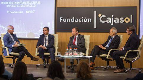 Andalucía pide a la empresa asumir más riesgo en la colaboración público privada