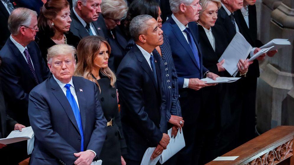 Foto: Donald Trump y Barack Obama en el funeral del expresidente George H. W. Bush. (EFE)