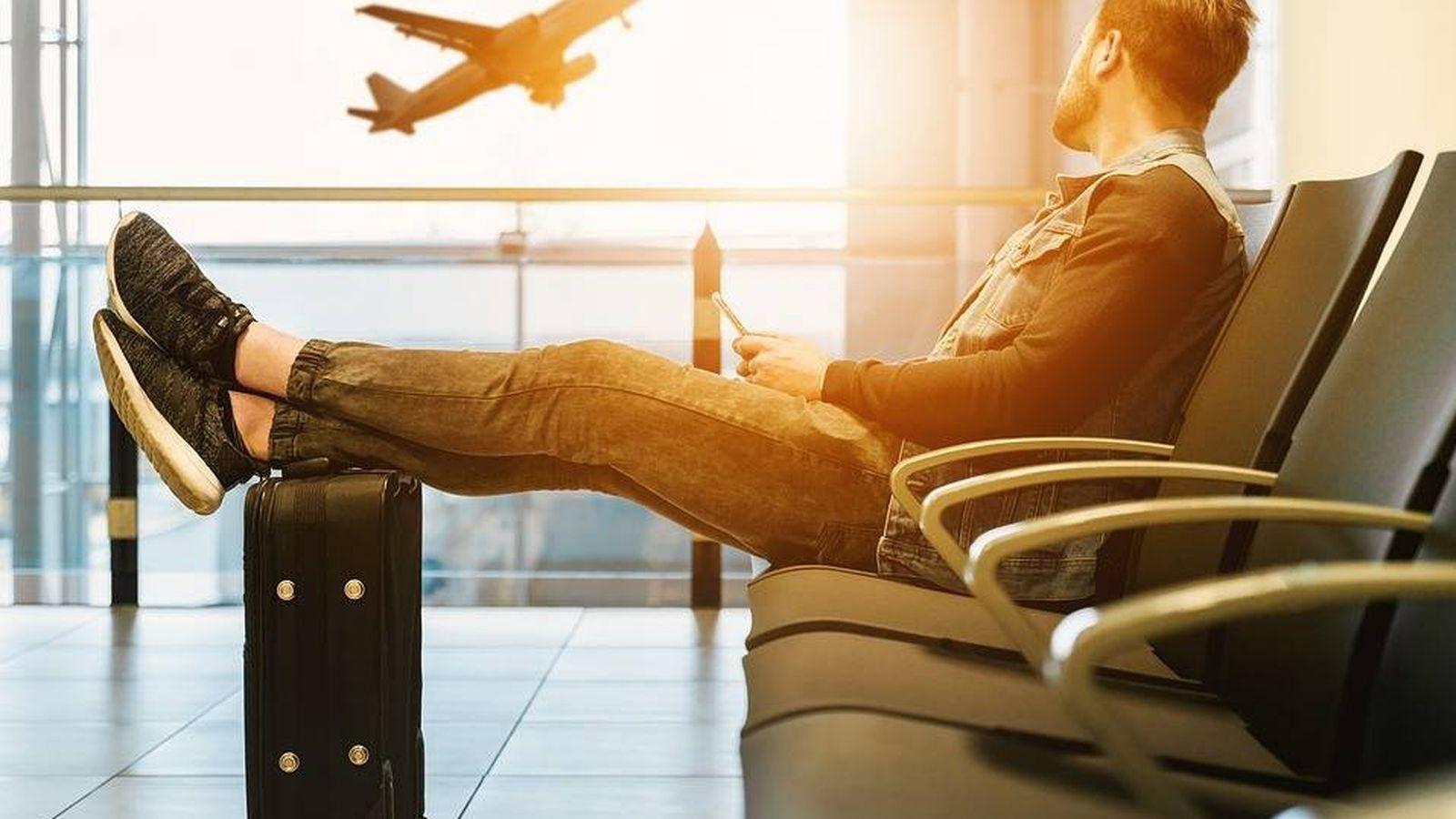 Foto: Viajero en un aeropuerto | Pixabay