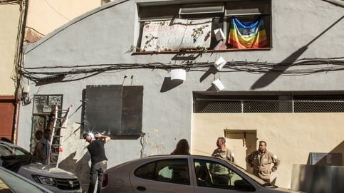 La familia de Julio Iglesias recurre a los 'servicios' de Desokupa en Madrid