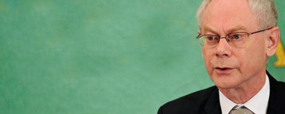 """Van Rompuy cree que Zapatero """"ha cogido el toro por los cuernos"""" frente a la crisis"""