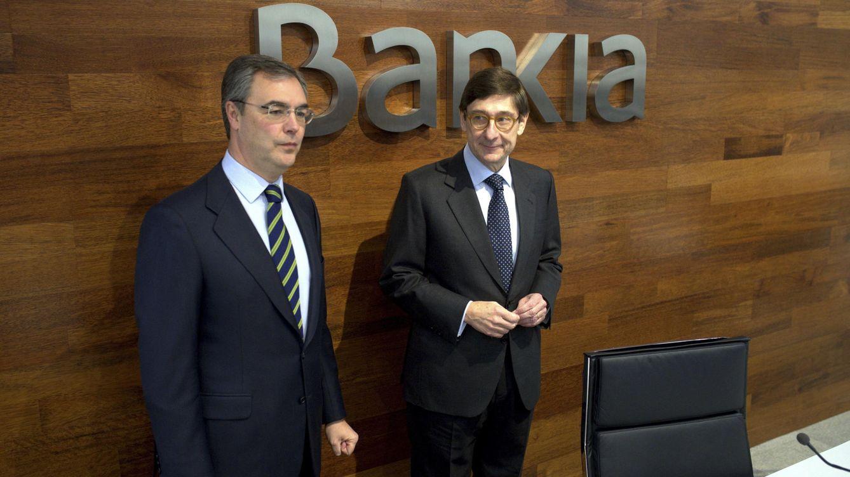 Foto: El presidente de Bankia, José Ignacio Goirigolzarri, y el consejero delegado de la entidad, José Sevilla. (Efe)