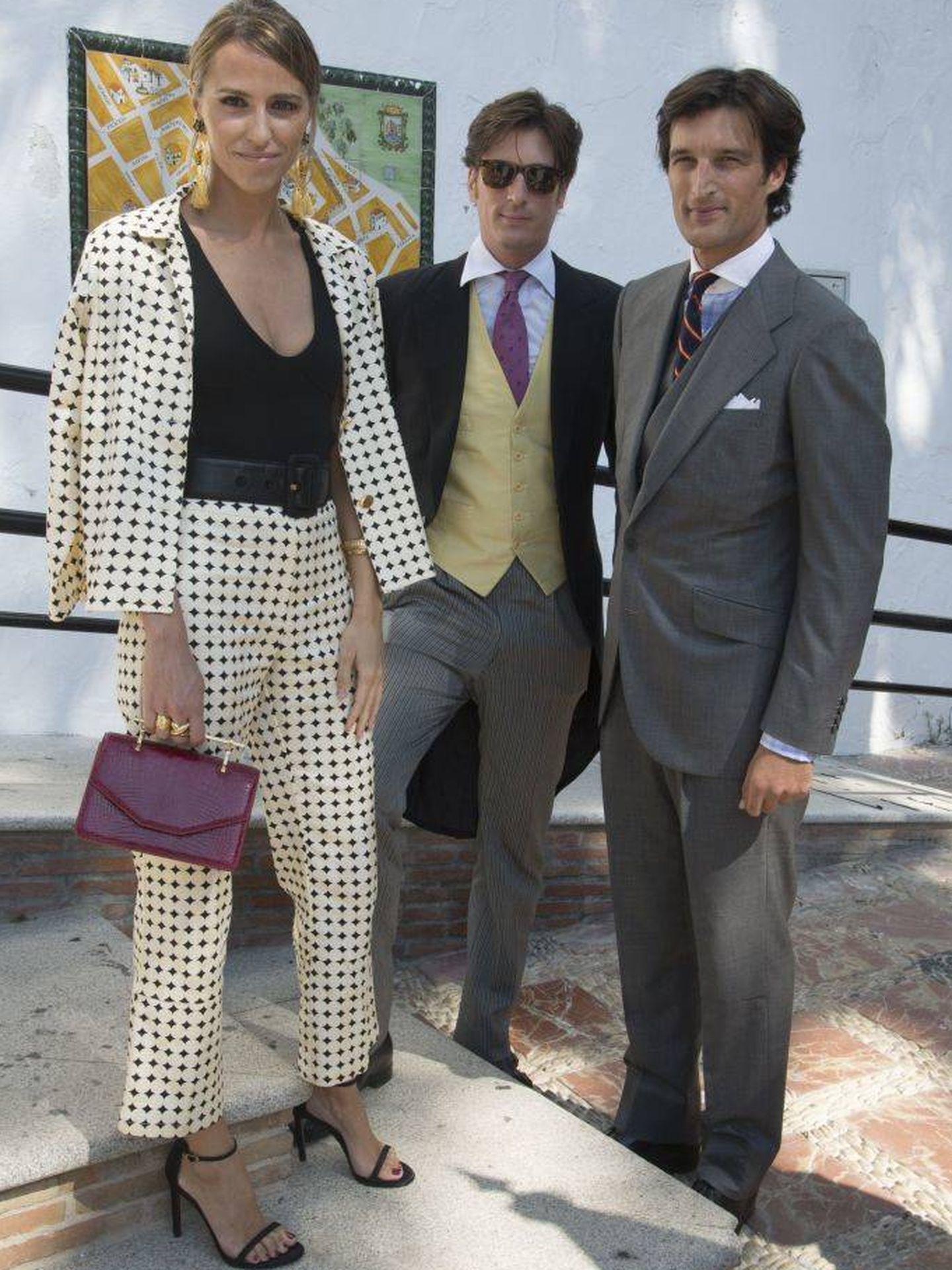 Laura Vecino, Luis Medina y Rafael Medina. (Getty)