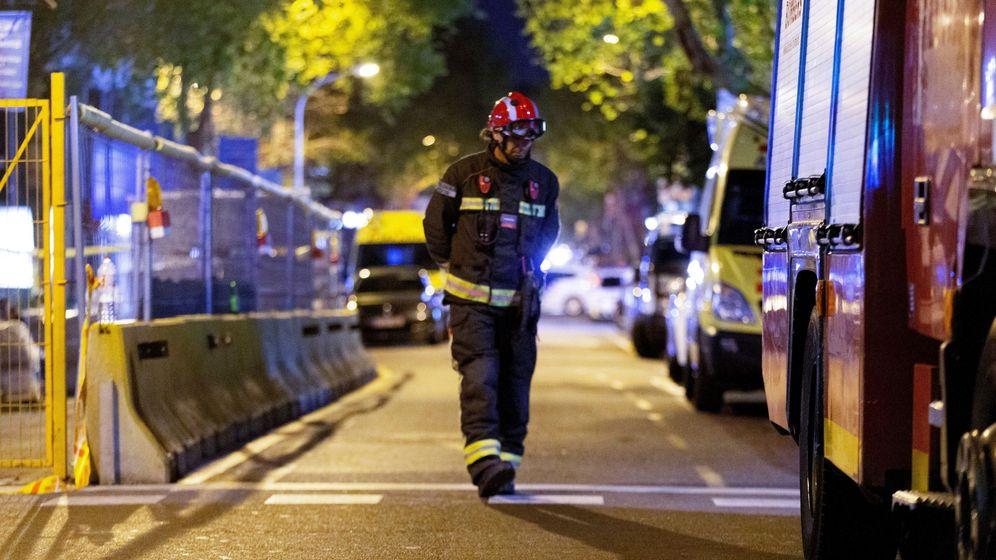 Foto: Los Mossos han acordonado la zona durante toda la noche. (EFE)