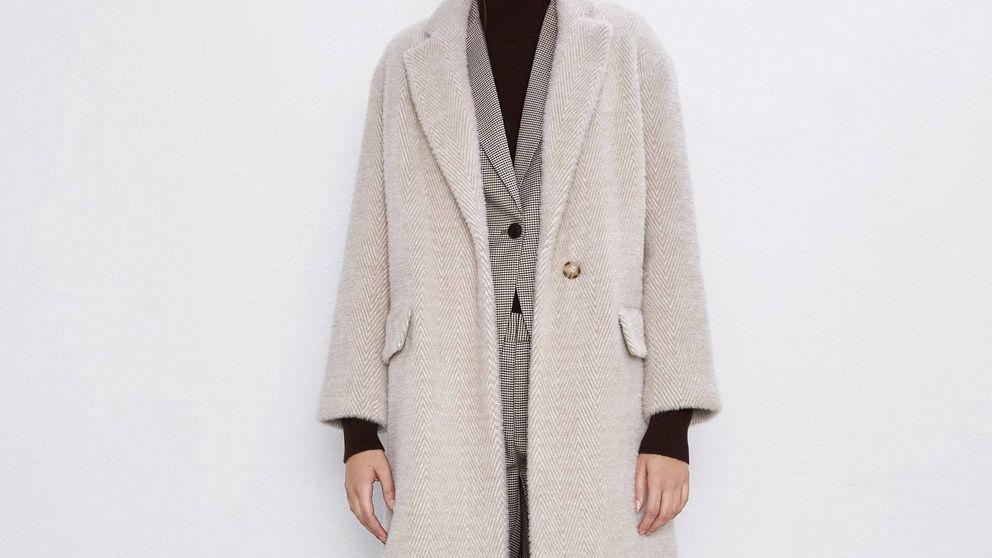 El abrigo de pelo de Zara que hasta la mujer más elegante del planeta se querrá poner