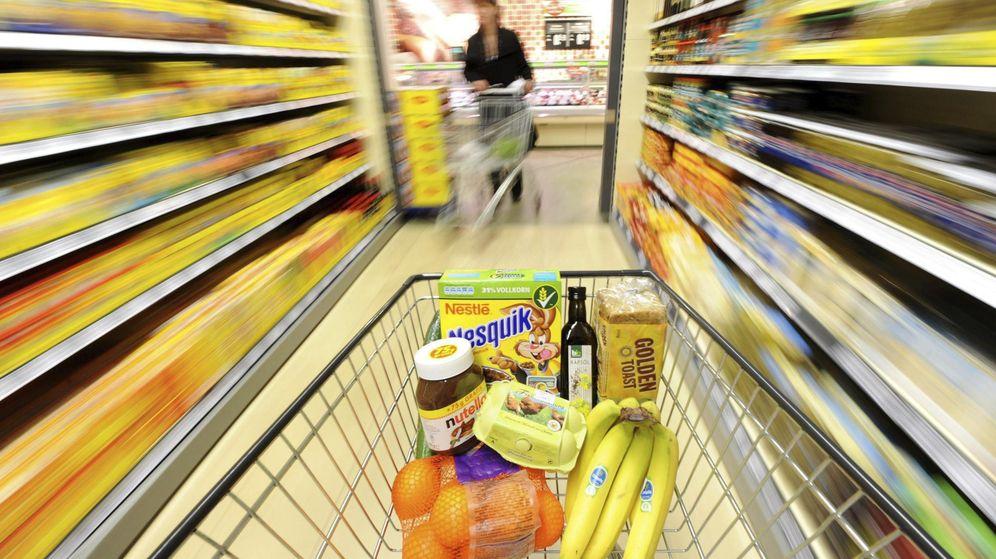 Foto: Con la salida de la crisis los españoles vuelven a decantarse por las marcas de toda la vida. (EFE)