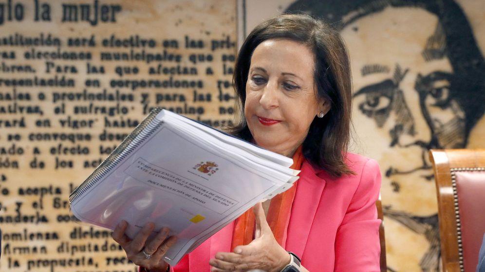 Foto: La ministra de Defensa, Margarita Robles, en la comisión de Defensa del Senado. (EFE)