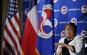 Bachelet visita a Rajoy en pleno reajuste del sector energético chileno