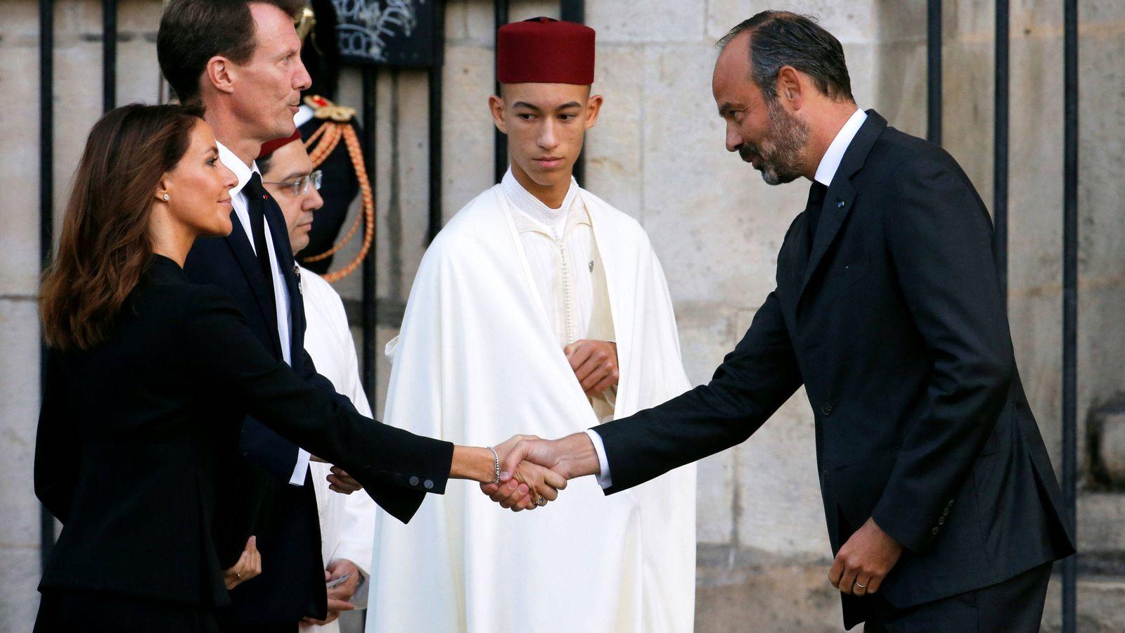 Foto: Joaquín y Marie de Dinamarca, junto a Mulay Hassan de Marruecos. (Reuters)