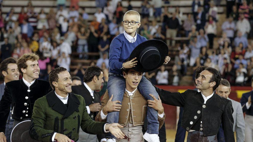 Las redes se vuelcan con Adrián, el niño con cáncer que quiere ser torero