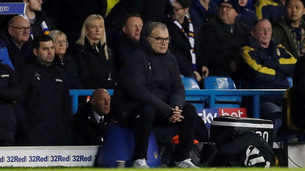 Foto: Marcelo Bielsa, en un partido del Leeds. (Reuters)