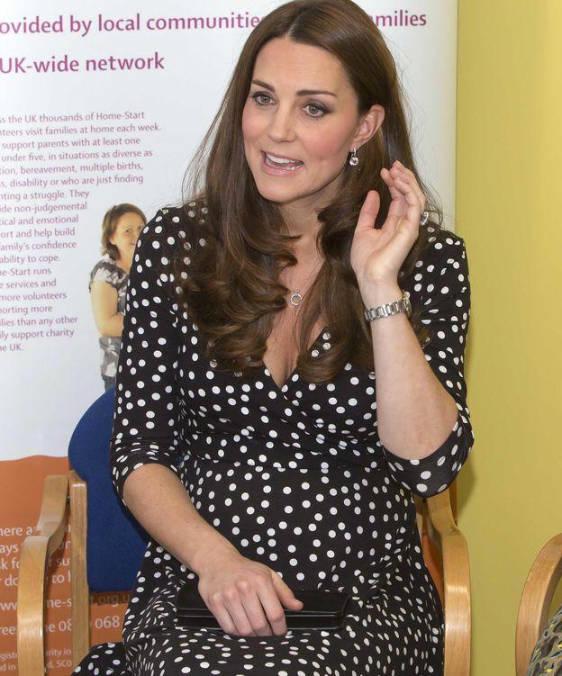 Foto: La duquesa con el vestido de Asos (Gtres)