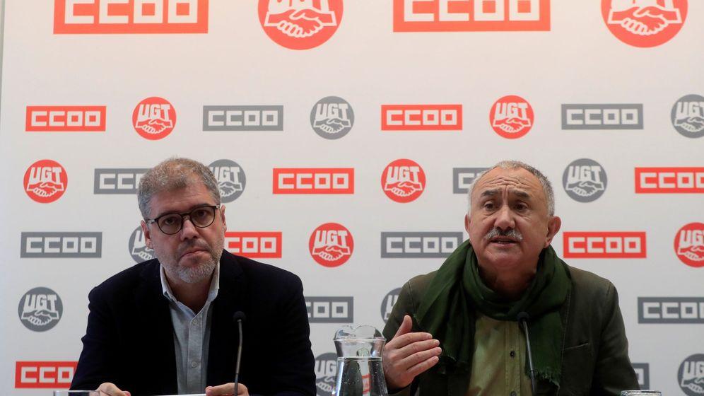 Foto: Rueda de prensa de los sindicatos, este martes, para valorar la sentencia del TC. (EFE)