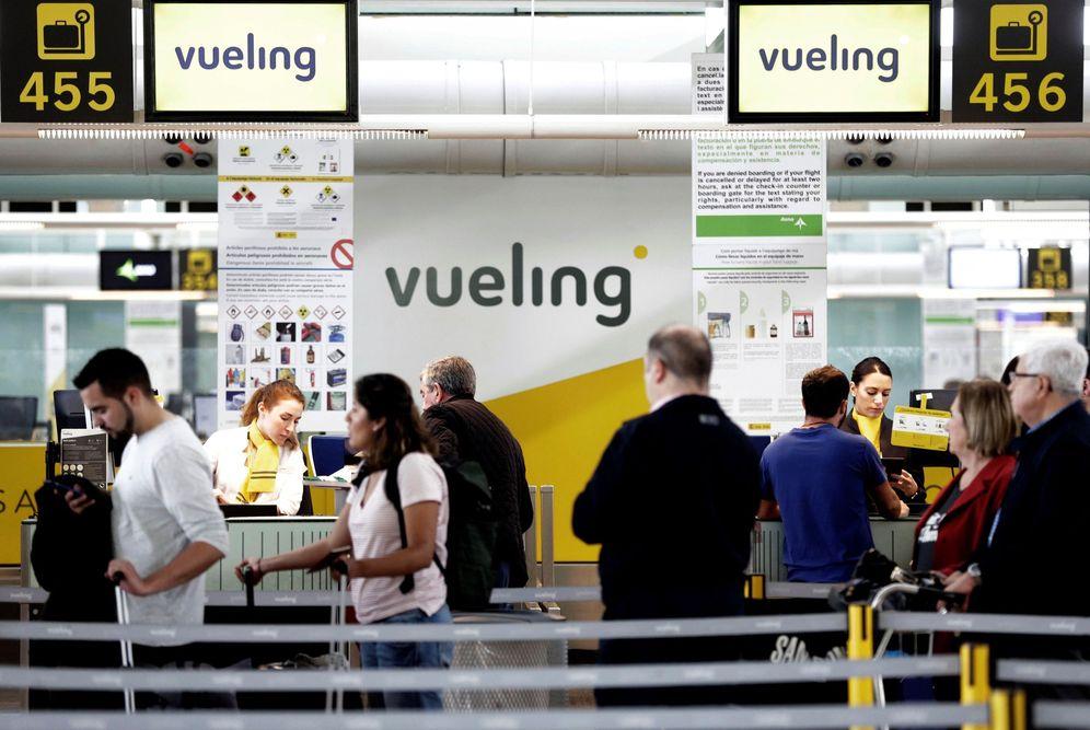 Foto: Vueling tiene 60 aviones basados en Barcelona, donde concentra la mayoría de sus operaciones. (EFE)