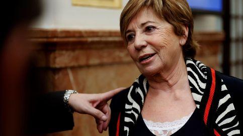 Celia Villalobos: veraneos en Torremolinos, vecina de la infanta Elena y familia numerosa