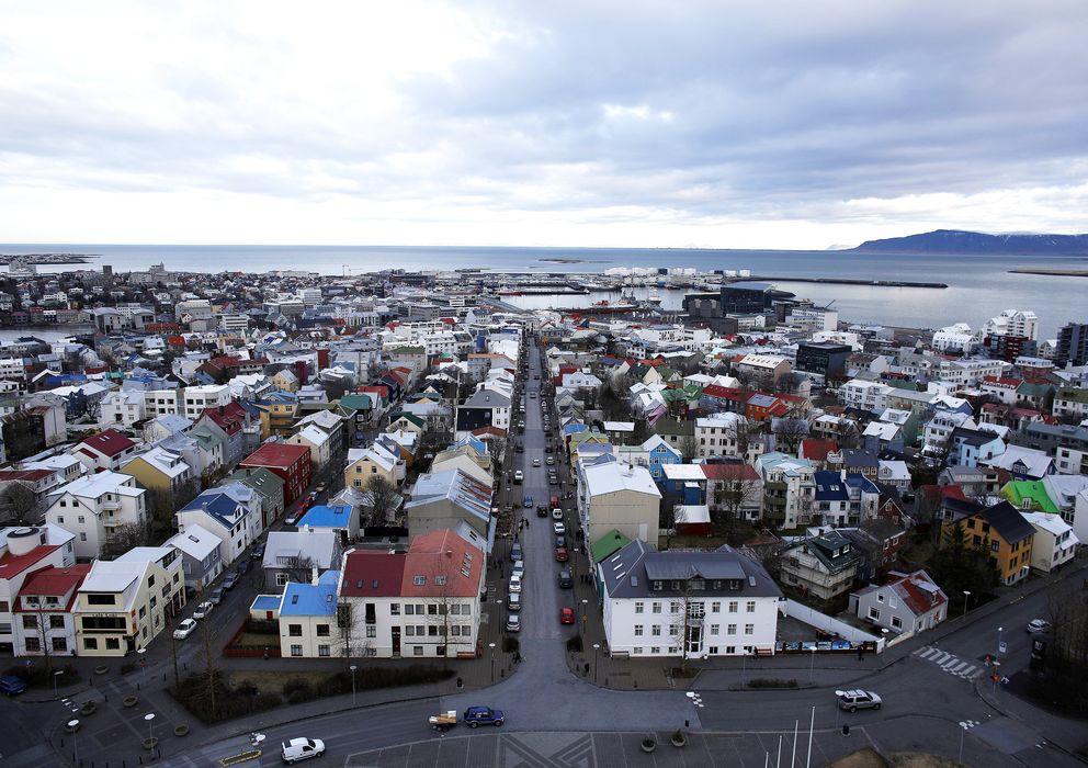 Foto: Vista de la ciudad de Reikiavik, capital de Islandia (Reuters)