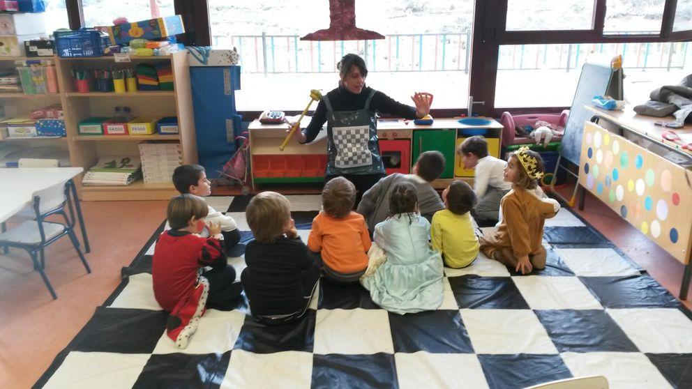 El juego de la 'torre glotona': la aventura de educar a un niño con el ajedrez
