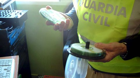 La Guardia Civil detiene a un tuitero por amenazas al exnúmero 2 de Pedro Sánchez
