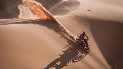 Sainz pierde tres minutos en la cuarta etapa del Dakar, que en motos gana Joan Barreda