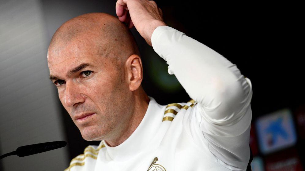 Foto: Zidane, durante la rueda de prensa de este sábado en la ciudad deportiva del Real Madrid. (EFE)