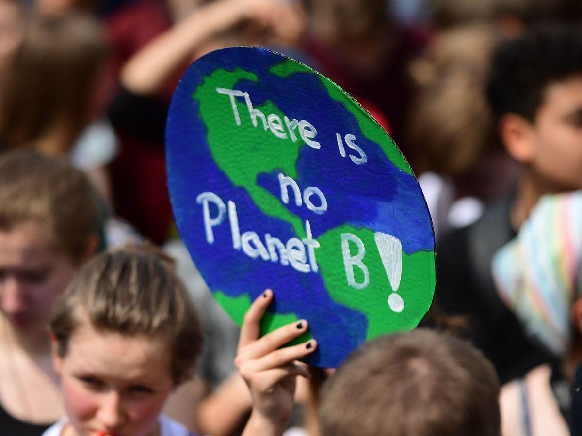 Foto: Manifestación contra el cambio climático en una imagen de archivo. (EFE)
