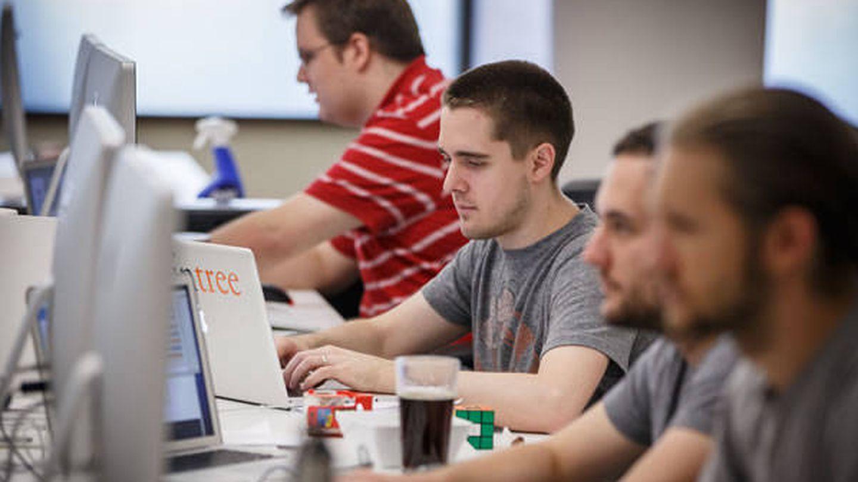 Programadores de 'software'. (Foto: BrainTree)