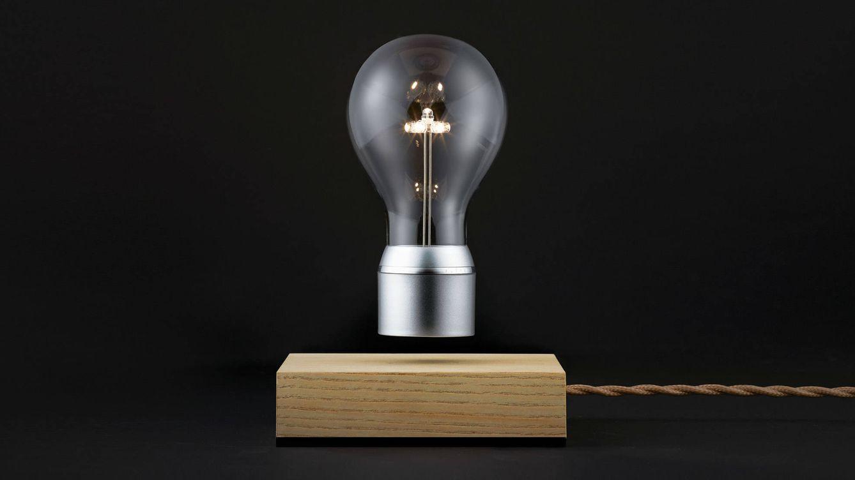Foto: Mientras que la mayoría de las bombillas están fijadas a un enchufe, los LEDs de bajo consumo de Flyte se alimentan a través del aire.
