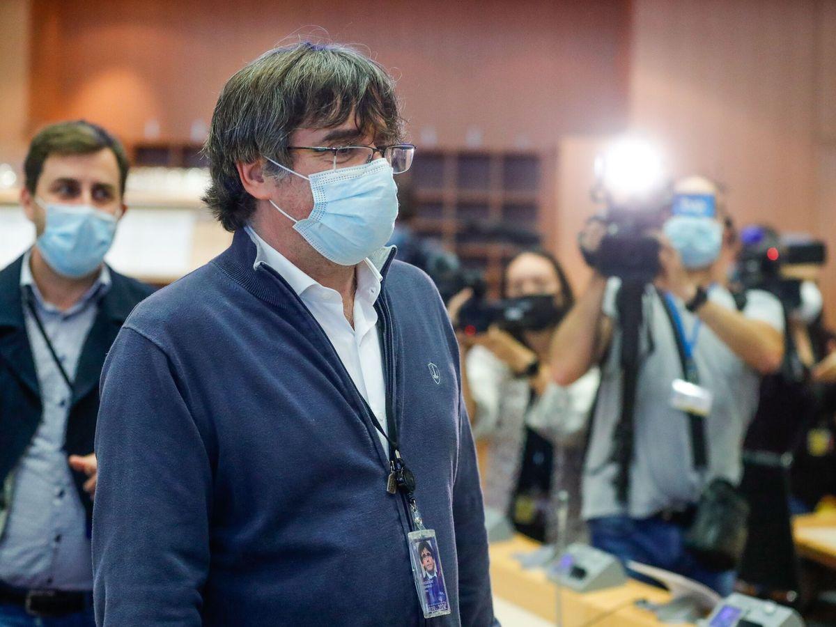 Foto: Puigdemont, a su llegada al Parlamento Europeo. (EFE)