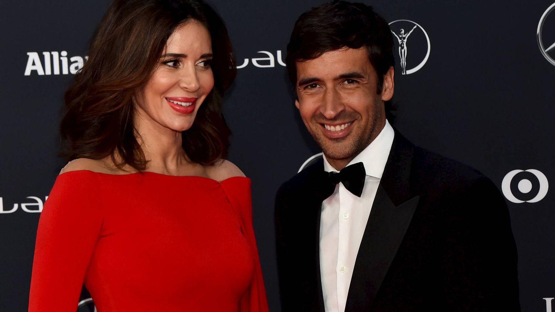 Mamen Sanz y su marido, Raúl González Blanco. (Gtres)