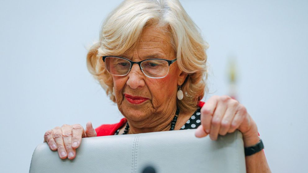 Carmena descarta presentarse a las elecciones esquivando la presión de Errejón