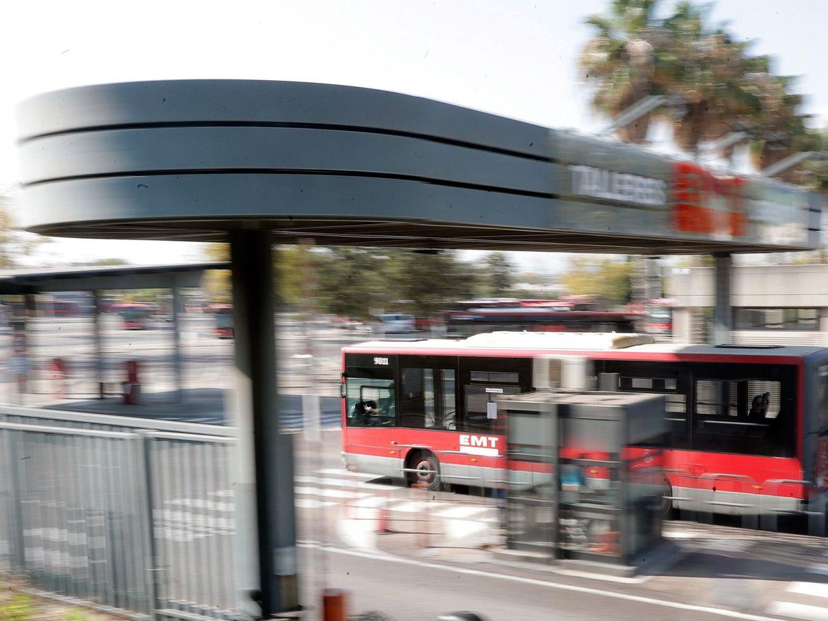 Foto: Un autobús de la EMT de Valencia. (EFE)