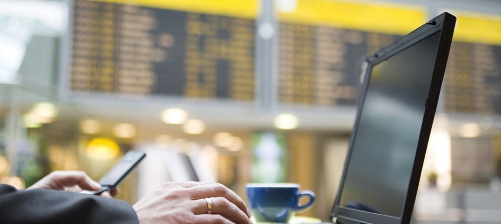 Foto: Volar y conectarse a internet ya no es un sueño pero, ¿es seguro?