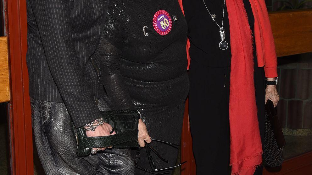 Elena Benarroch celebra su 60 cumpleaños rodeada de amigos