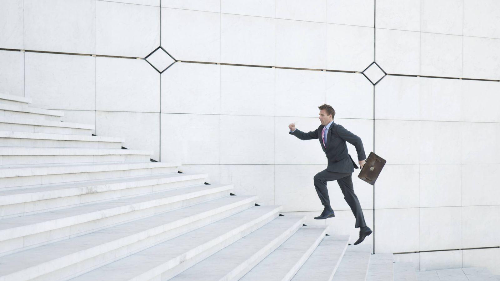 Adelgazar subiendo y bajando escaleras de caracol