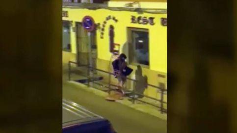 No sabe ni robar: la falta de pericia de un ladrón que perdió su botín al huir de los vecinos que lo pillaron