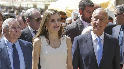 Los Reyes y el presidente de Portugal inauguran la Feria del Libro