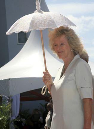 Foto: Camilla se salta su agenda por el calor