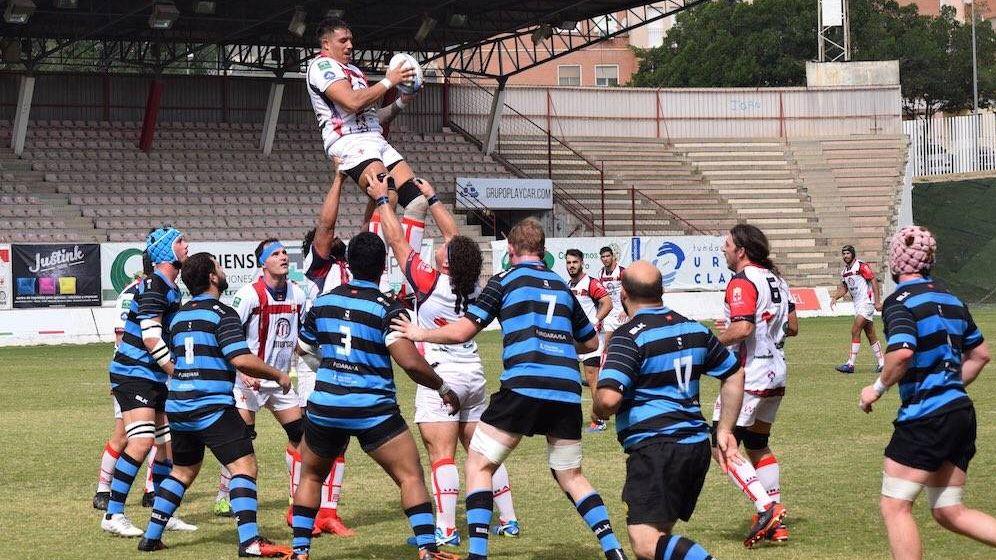Foto: Imagen de un partido del Unión Rugby Almería Playcar en el Estadio Juan Rojas. (Foto: URA)