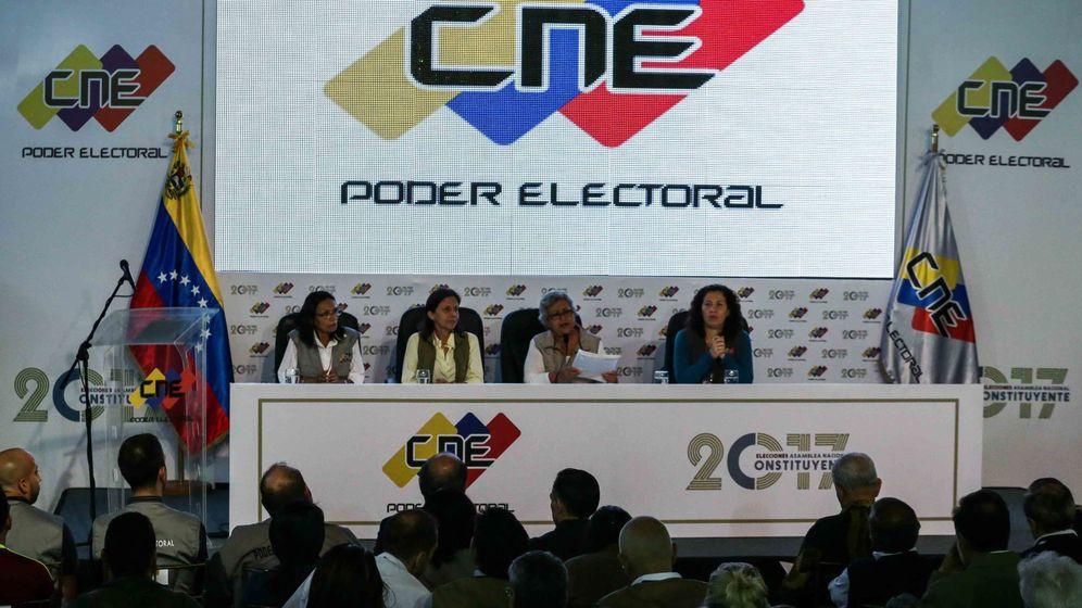 Foto: El CNE de Venezuela anuncia los resultados de las elecciones a la ANC (EFE)