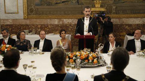 La plana política, empresarial... y Carmena arropan a los Reyes y Macri