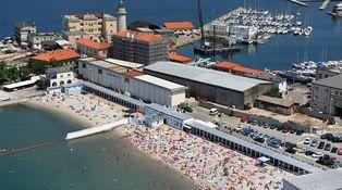 En la Europa del siglo XXI hay una playa segregada y está en Italia