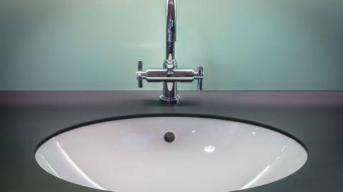 Lavabos pequeños de pared o encimera para tener más espacio en el baño