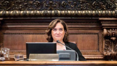 Bcomú aprueba una subida de 900 euros al mes para Colau y 600 para los concejales