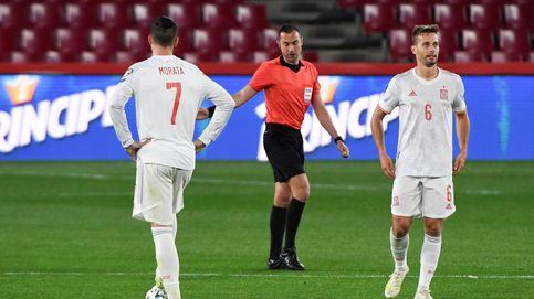 España se atasca ante Grecia e inicia la fase de clasificación para Qatar con un empate (1-1)