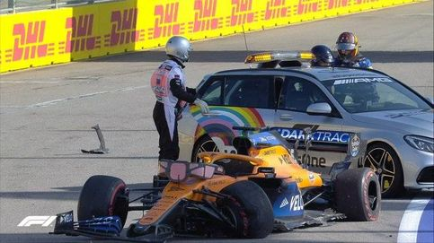 Fórmula 1 en directo: Carlos Sainz se va contra el muro y dice adiós al GP de Rusia