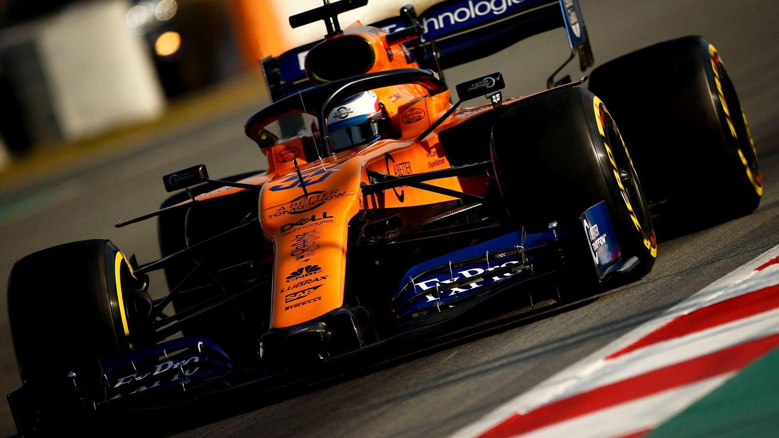 Foto: Carlos Sainz en acción con su McLaren. (EFE)