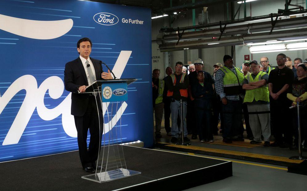 Foto: El presidente de Ford, Mark Fields, durante una rueda de prensa en la planta de Flat Rock, Míchigan, el 3 de enero de 2017. (Reuters)